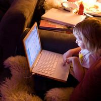 Női programozókat támogat a Twitter és a Google