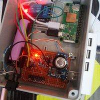 Raspberry szünetmentes tápegység újratöltve (DIY 5V)