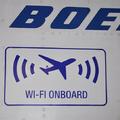 Mostantól az európai repülőkön is repülési mód nélkül használhatjuk a kütyüket