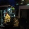Szervízajtó törte be az 5-ös busz szélvédőjét