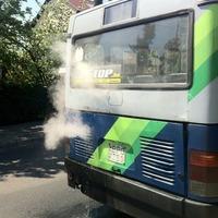 Mi lesz nyáron? -Már most púposodnak a sínek és füstölnek a buszok