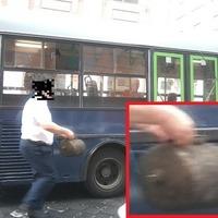 Kiesett egy alkatrész a buszból, de hidegen hagyta a buszvezetőt