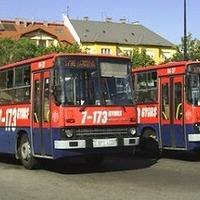 Miért nem a 173E autóbusz áll meg a Róna utcánál?