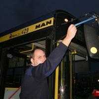 Kék szalag az MVK buszain