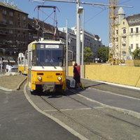 Villamosforgalom a Fehérvári úton
