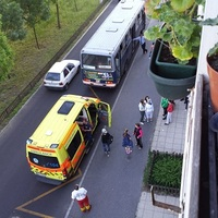 Kislányt fejelt le a buszvezető - fotók