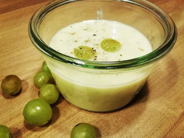 Szőlő gazpacho-frissítő az őszi ebédnél