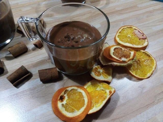 Egyszerű szívmelengető forró csoki