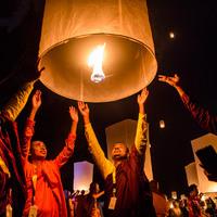 Ma tartják a Vészákot, a buddhisták legnagyobb ünnepét
