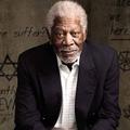 Morgan Freeman még mindig Istent keresi