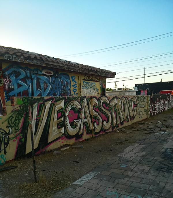 las_vegas_art2.jpg
