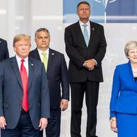 Kézfogás Trumppal