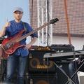 B-kategóriás basszusgitáros