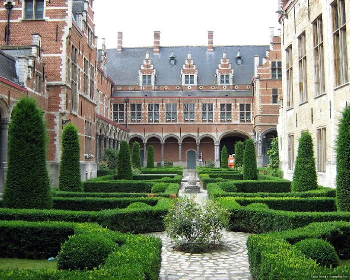 Ausztriai Margit palotája<br />Forrás: unitravel.hu