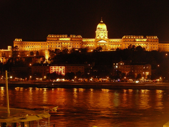 Budimpesta nocu
