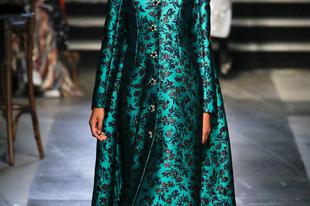 Zseniális ruhaköltemények Erdemtől a London Fashion Weeken
