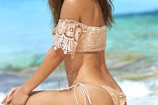 Dögös bikinis képek Palvin Barbiról!