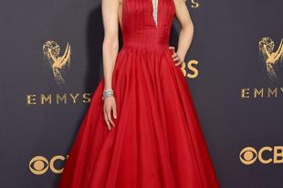 Lezajlott a 69. Emmy díjátadó. Mutatjuk a legjobb ruhákat