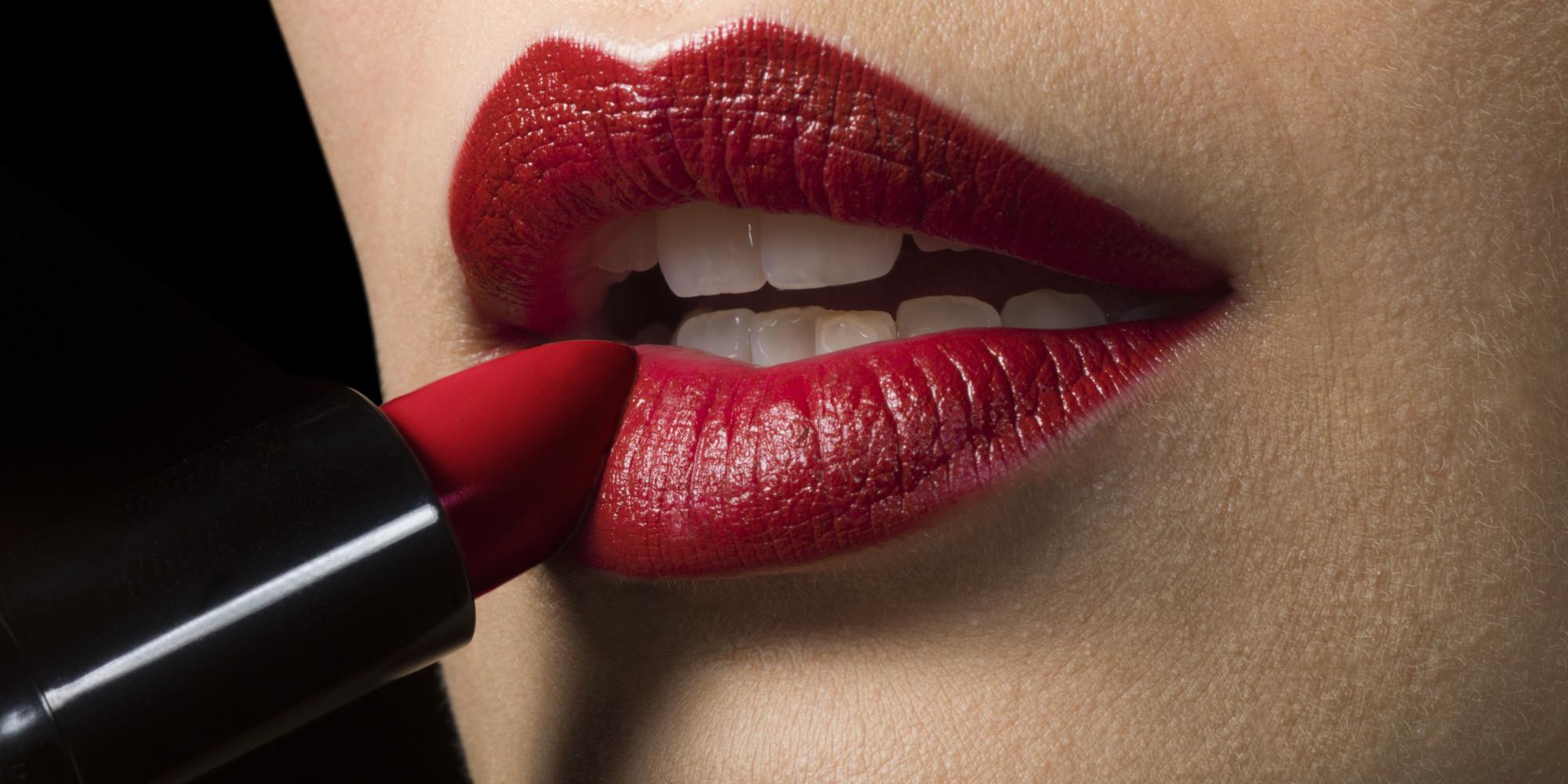 o-red-lips-facebook.jpg