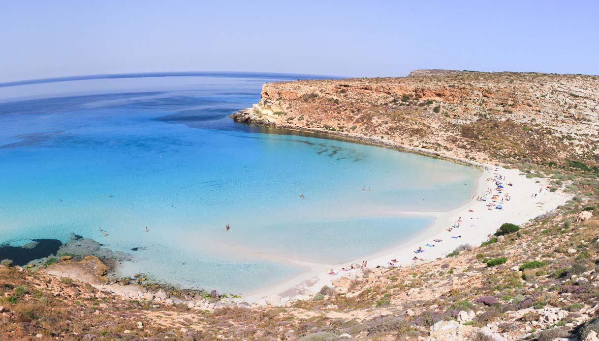 spiaggia_conigli-sicilia.jpg