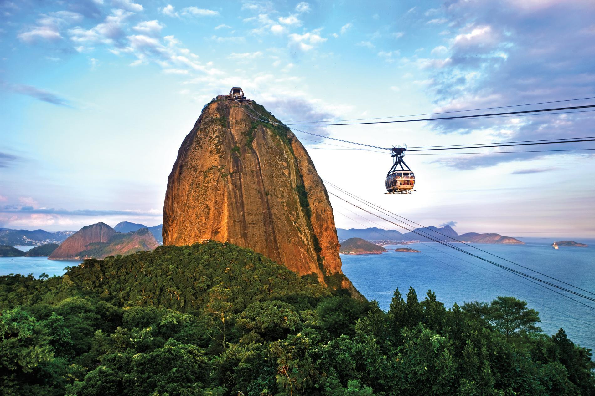 16_cable-car-sugarloaf-mountain-rio-de-janeiro-brazil_adapt_1900_1.jpg
