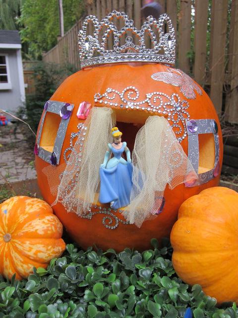 548fa98a42889_rbk-classy-pumpkins-cinderella-s2.jpg