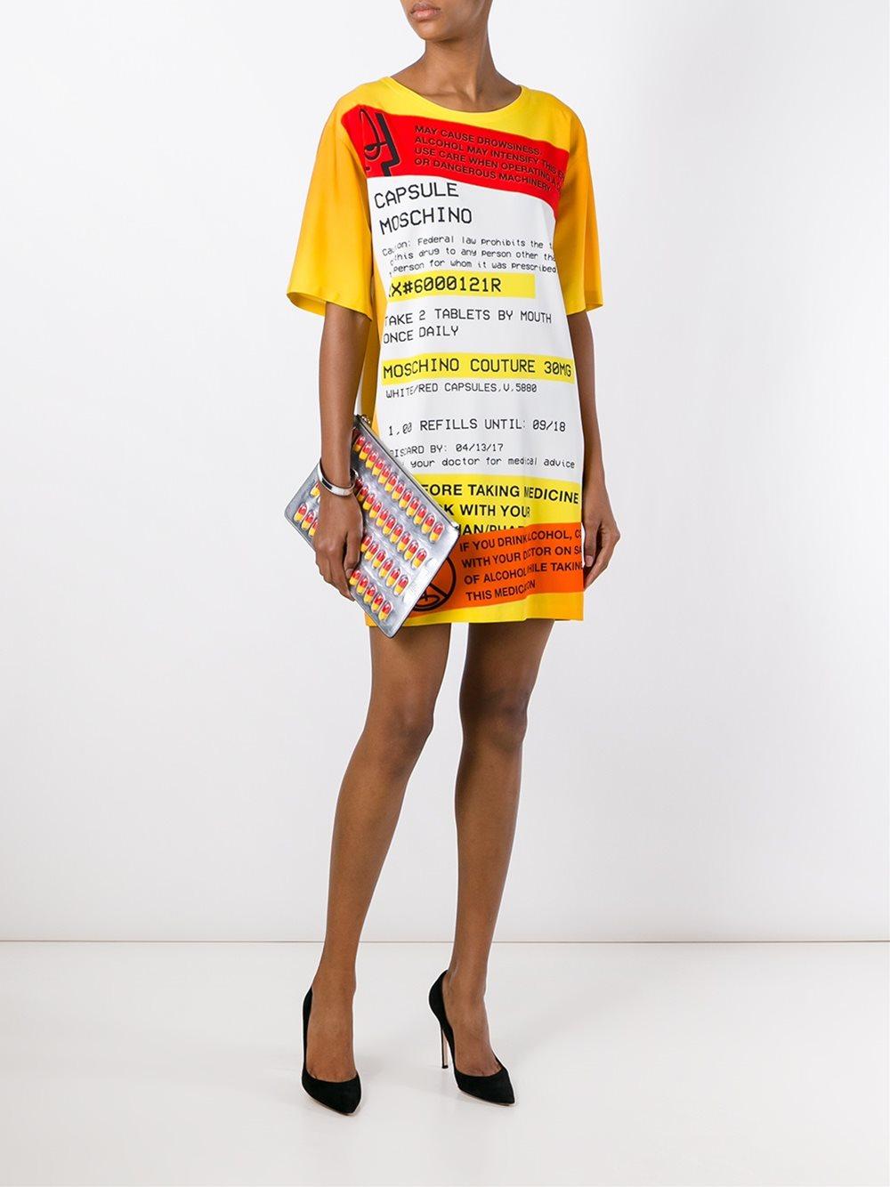 moschino-pill-bag1.jpg