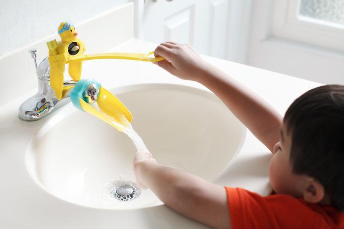 parenting-inventions-kids-babies-gadgets-06-59034548c8372_700.jpg