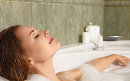 woman-in-bath-425x265.jpg
