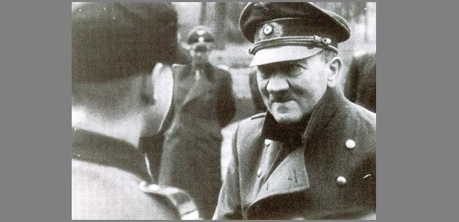 hitler_1945.jpg