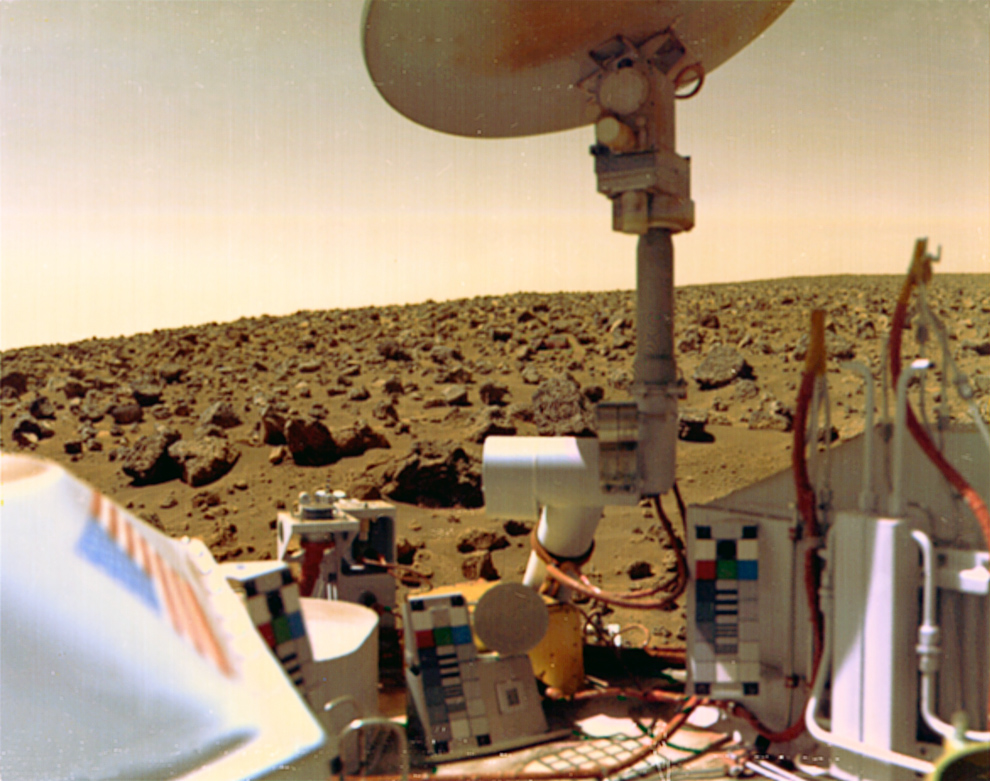 A Viking-2 leszálló egység egyik felvétele a Marsról