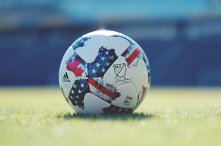 MLS * Észak-Amerikai Labdarúgó-Bajnokság
