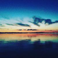 Nekem a Balaton.... #kék #víz #tó #balaton #magyarország #naplemente #bulizásabalatonon #blue #water #lake #hungary #sunset #party #time #summer