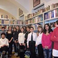 Képek az 5-6. osztályosok országos könyvtárhasználati versenyének eredményhirdetéséről