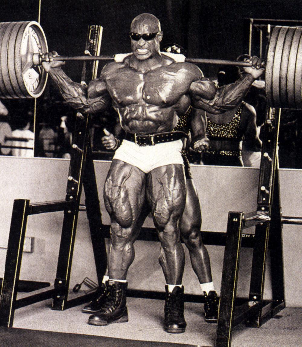 ronnie-coleman-squatting-heavy.jpg