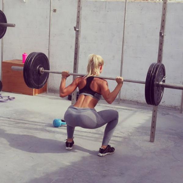 strong_sporty_girls_show_23.jpg