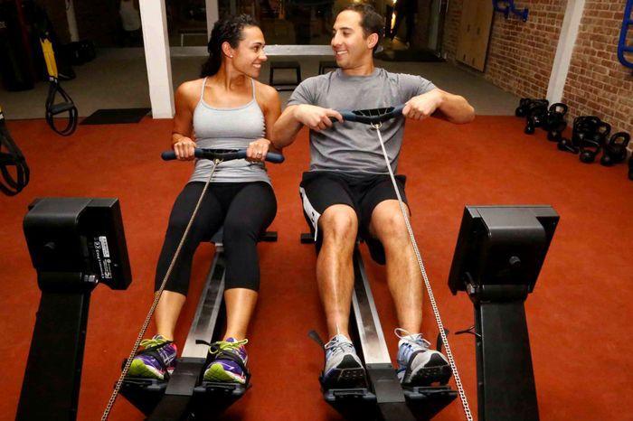 couple_on_fitness_03.jpg