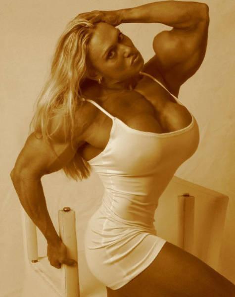 strong_women_25.jpg