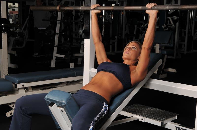 female-bench-press.jpg