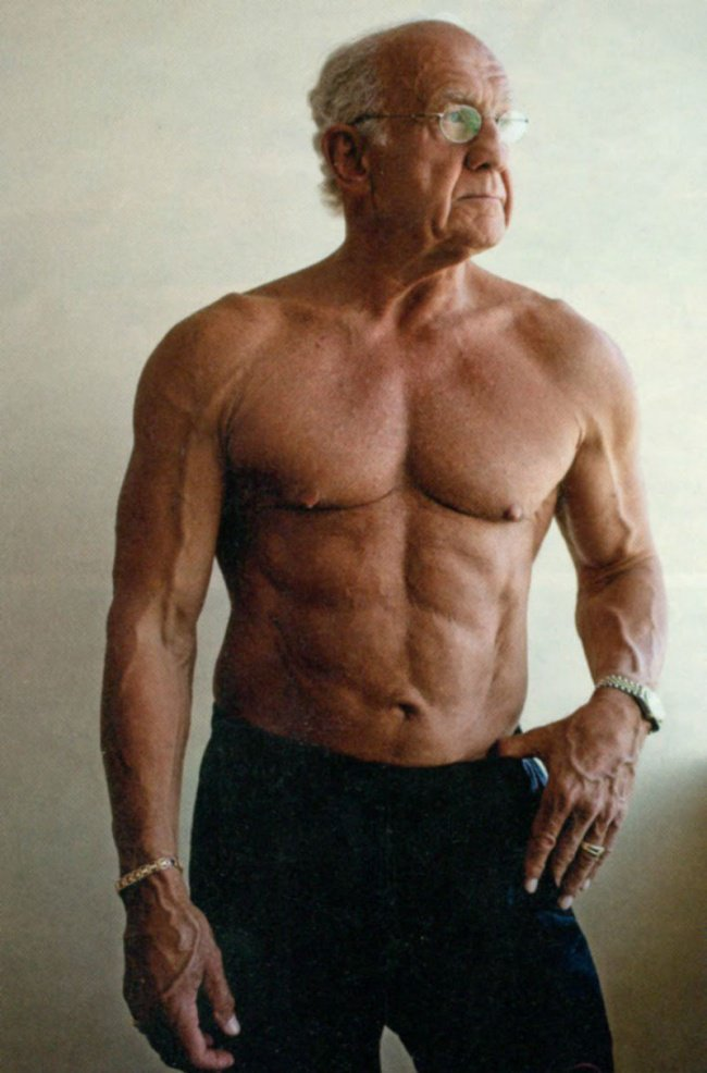 10-most-incredible-badass-old-age-bodybuilders-over-60-70-years-old-4.jpg