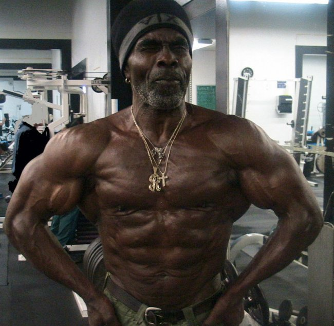 10-most-incredible-badass-old-age-bodybuilders-over-60-70-years-old-7.jpg