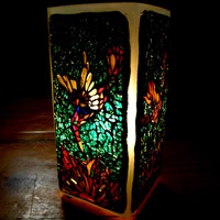 Madaras lámpa