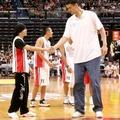Jao Ming profi kosárlabda játékos..