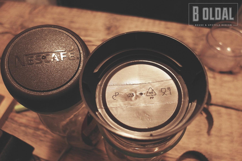 06-csiraztato-kaves-uvegbol-2-b-oldal.jpg