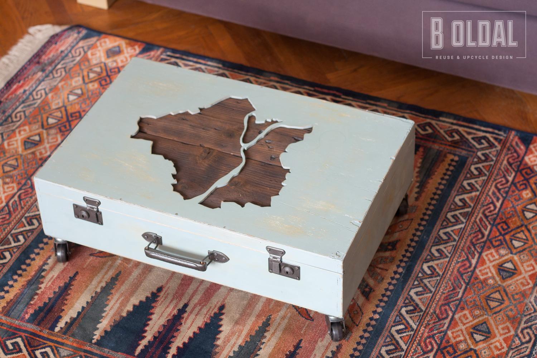 18-budapest-asztal-faborondbol-10-b-oldal.jpg