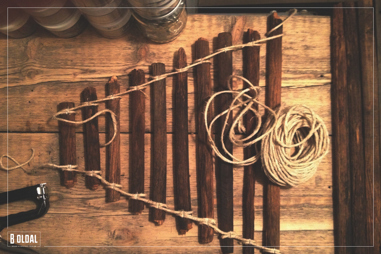 20-paradicsom-karobol-karacsonyfa-03-b-oldal.jpg