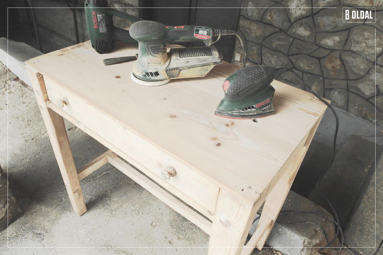 24-konyhai-kis-asztalbol-dolgozoasztal-05-b-oldal.jpg