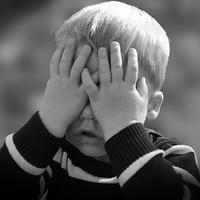 Mit tanít a félénk gyermek a szülőnek?