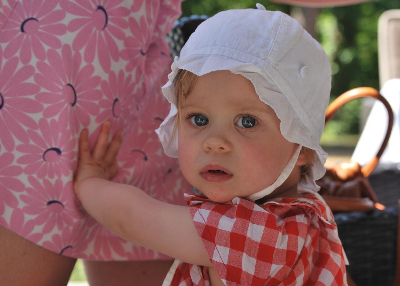 child-221743_1280.jpg