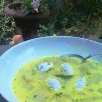 Karalábé főzelék pillekönyű galuskahabbal (csak kifinomult lelkeknek)